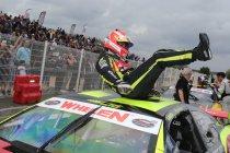 Tours: Elite 1: race 1: Ander Vilarino winnaar – Longin en Kumpen zesde en zevende