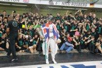 Abu Dhabi: Hamilton wereldkampioen na zege - Technische problemen voor Rosberg