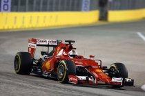 Singapore: Vettel verrassend op pole - Mercedes stelt teleur