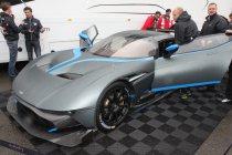 Video: De enige straatlegale Aston Martin Vulcan