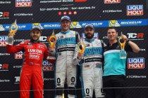 Salzburgring: Jean-Karl Vernay wint doornatte race, WRT-teamgenoot Comini nieuwe leider
