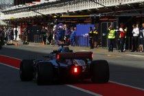 Mercedes test lichten op achtervleugel
