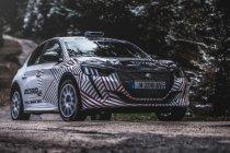 Peugeot stuurt nieuwe 208 R2 de baan op