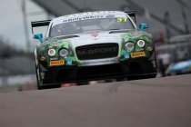 Rockingham: Team Parker Racing wint na bestraffing Spirit of Race Ferrari