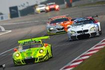 VLN 7: Manthey Porsche pakt vierde zege van het seizoen na rode vlag