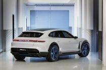 Porsche onthult de Mission E Cross Turismo