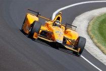 Indy 500: Fernando Alonso valt uit in absolute eindfase met... motorproblemen