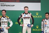Porsche Supercup: Silverstone: Dennis Olsen van start tot finish