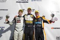 Dubbele overwinning voor Melvin de Groot tijdens pinksterraces op Circuit Park Zandvoort.