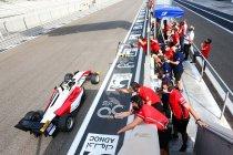 Abu Dhabi: Guanyu Zhou in extremis kampioen
