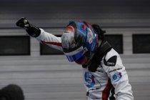 GP3: Hungaroring: Alex Albon wint en neemt leiding in kampioenschap over
