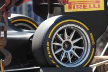 Monaco: Martin Brundle test GP2-bolide met 18-duims velgen
