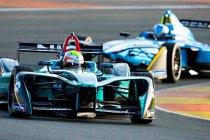 Valencia: Oliver Turvey snelste op eerste testdag