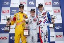 FIA F3: Silverstone: Felix Rosenqvist en George Russell eerste winnaars van het jaar