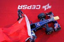 Scuderia Toro Rosso presenteert weinig gewijzigde STR8 (+ Foto's)