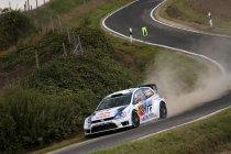 Rallye Deutschland: Ogier crasht opnieuw – Neuville knap derde