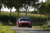 WRC: Neuville leidt na openingsdag in Ypres Rally