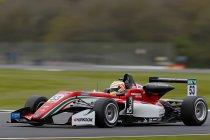 FIA F3: Silverstone: Pole voor race 2 en 3 voor Callum Ilott