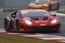 Donington: WPI Motorsport en Team Parker Racing pakken winst