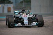 Abu Dhabi: Lewis Hamilton op pole - Vandoorne P18
