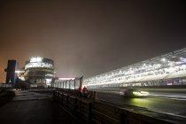 24H Nürburgring: Race stilgelegd om 22u45 - Martin (Marc VDS) aan de leiding
