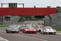 12H Imola: Car Collection Motorsport verrassend aan de leiding