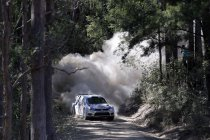 Rally van Australië: Mikkelsen eerste leider - Ogier op een zucht van de titel