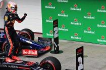 Brazilië: Verstappen wint incidentrijk Braziliaans spektakelstuk - Straf voor Hamilton