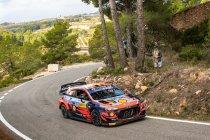 WRC: Brandje houdt Neuville niet van Catalaanse zege