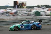 Video: 24H Nürburgring: Een ronde aan boord van de Falken Porsche