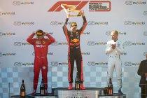 Max Verstappen andermaal in Oostenrijk na onvoorstelbare inhaalrace