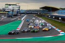 Assen: Flynt Schuring pakt dubbele BMW Racing Cup-winst