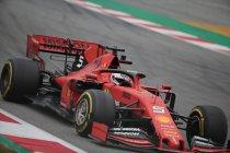 Sebastian Vettel kan nòg sneller, maar Mercedes vlakbij
