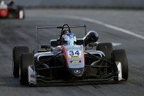 FIA F3: Norisring: Jakes Hughes op pole voor race 1