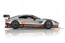 PROsport Performance in zee met Aston Martin