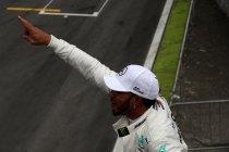Brazilië : Hamilton wint met de hulp van Ocon