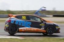 Renault Clio Cup Benelux 2016 aan de start tijdens Spa Euro Race
