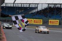 GT4 European Series: Dubbel voor Porsche in Silverstone
