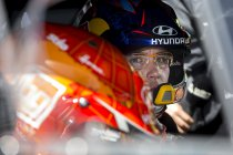 WRC: Ogier laat Neuville verweesd achter