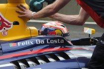 Sébastien Buemi en Antonio Félix da Costa opgenomen in Red Bull F1 team