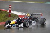 FIA F3: Nürburgring: Kersvers Red Bull rijder Max Verstappen op pole