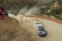 Rally van Mexico: Ogier blijft op kop na ware veldslag bij concurrentie