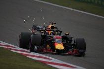 China: Ricciardo wint verrassend - Vandoorne dertiende