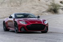 Aston Martin onthult de verbluffende Aston Martin DBS Superleggera