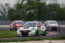 Slovakia Ring - Kwalificatie: Castrol Honda Racing Team lukt hattrick met pole voor Tarquini