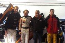 Boutsen Ginion laat Stoffel Vandoorne van McLaren MP4-12C GT3 proeven