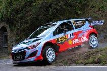 Rallye Deutschland: Neuville leidt na crashes van Latvala en Meeke