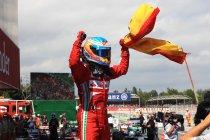 Spanje: Fernando Alonso schenkt thuispubliek schitterende zege