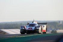 Porsche zegeviert derde keer op rij na chaos - Vanthoor wint GTE Am bij debuut