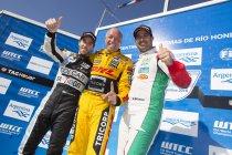 Tom Coronel  maakt indruk tijdens races in Argentinië